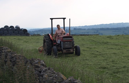 setting the trend for naked farming??