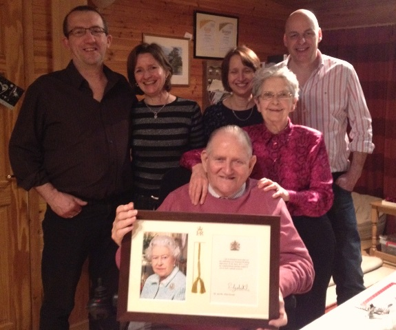 Howells family celebrating 60th wedding anniversary