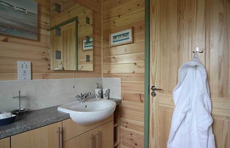 Rainster Cabin Slider Image