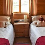 Pinder lodge twin bedroom