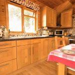 Pinder log cabin kitchen