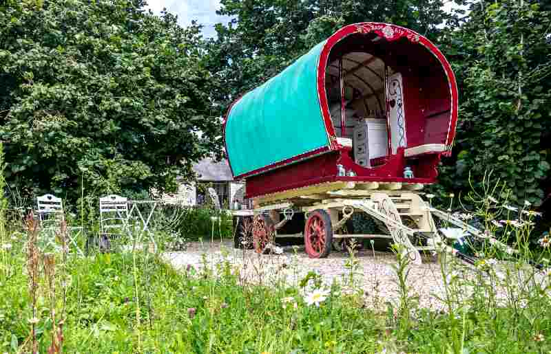 Rosehip gypsy caravan